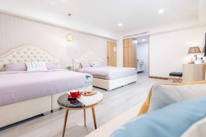 Kiwi-203-距市區5分鐘|1.8*2.0大床|獨立衛浴|美味早餐|巨大公共空間|巨屏投影