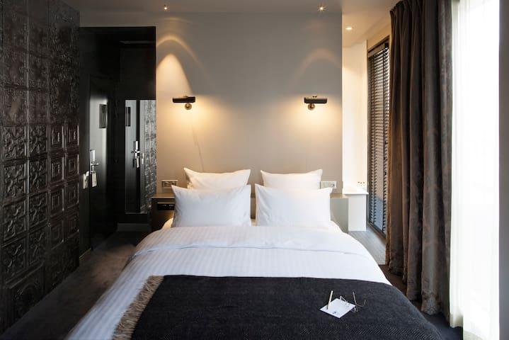 Chambre Design au cœur de Paris