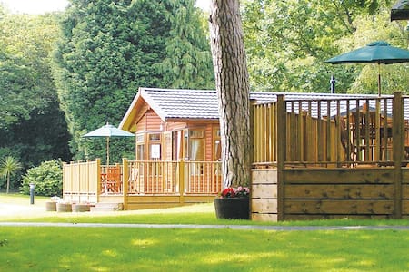 2 Bedroom Classic Lodge at Hilton Woods - Holsworthy
