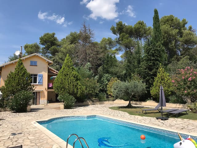 Charming Studio with private swimming pool VERDON