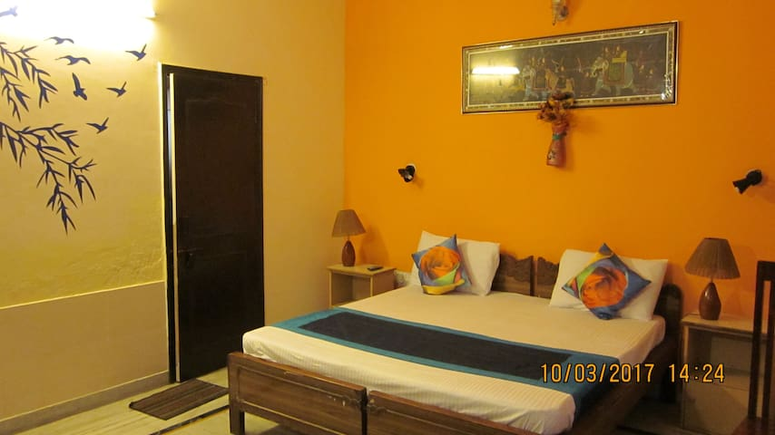 A home away from home - Greater Noida - Bed & Breakfast