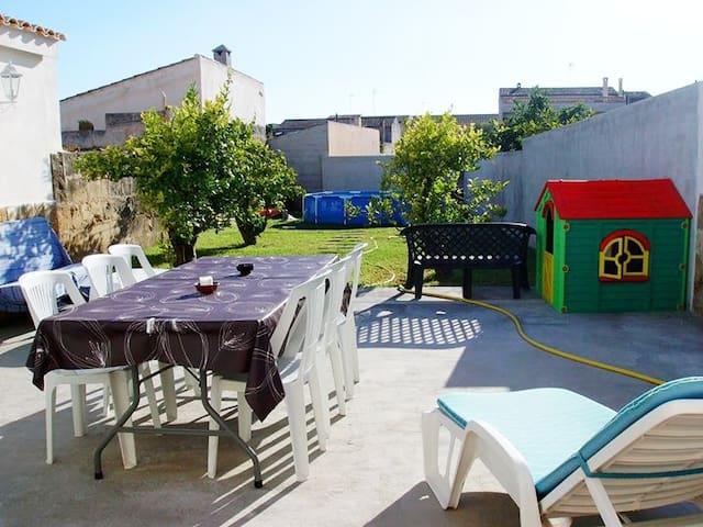 Casa mallorquina con piscina y jardín. Céntrica - Vilafranca de Bonany - Ev