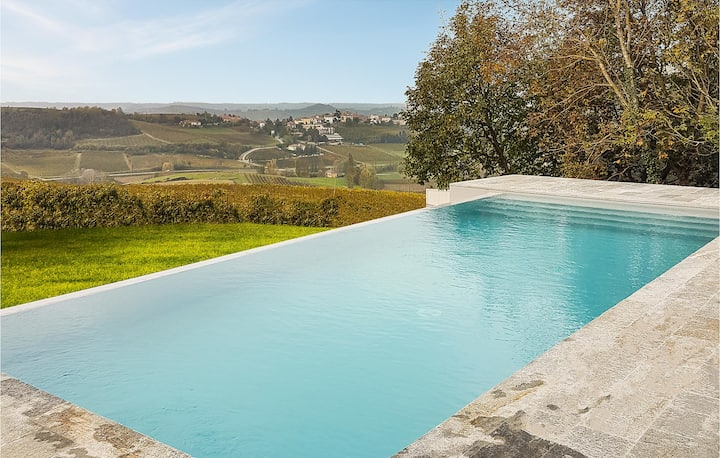 Holiday cottage with 4 bedrooms on 300m² in Fontanile
