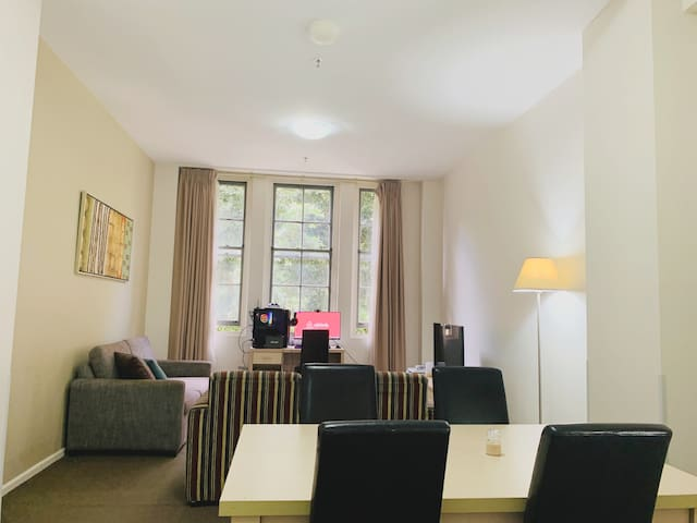 Luxury Apartment / 2 min to darling harbour