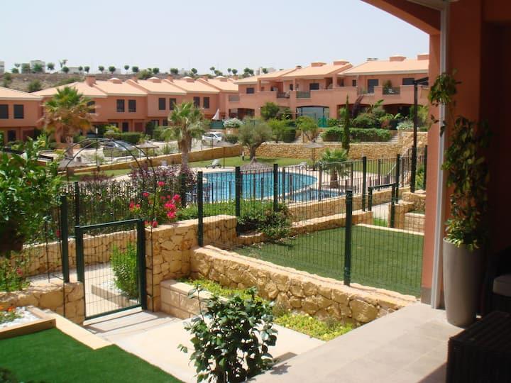 Maison neuve av piscine  GOLF d'ALENDA ALICANTE