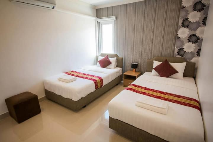 Comfy Budget Room with AC in Phuket @ Sea Song Inn