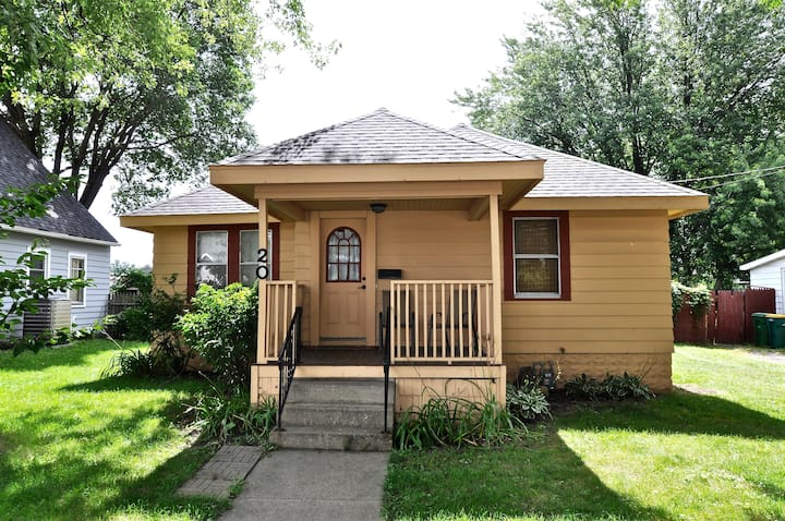 2 BR-1 Bath; 1.5 miles from Mayo Clinic/St. Mary's