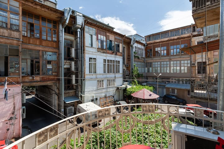 Feel Bohemian Tbilisi