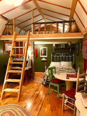 The Cedar Cabin