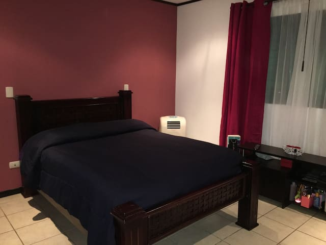 Modern and comfortable private room - San Jose - Dom