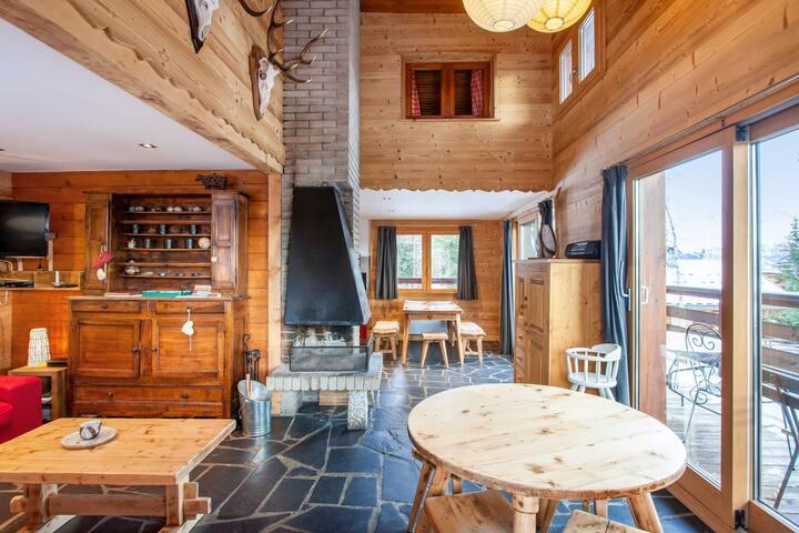 Maison de 4 chambres à Montvalezan, avec magnifique vue sur la montagne, jardin aménagé et WiFi - à 700 m des pistes