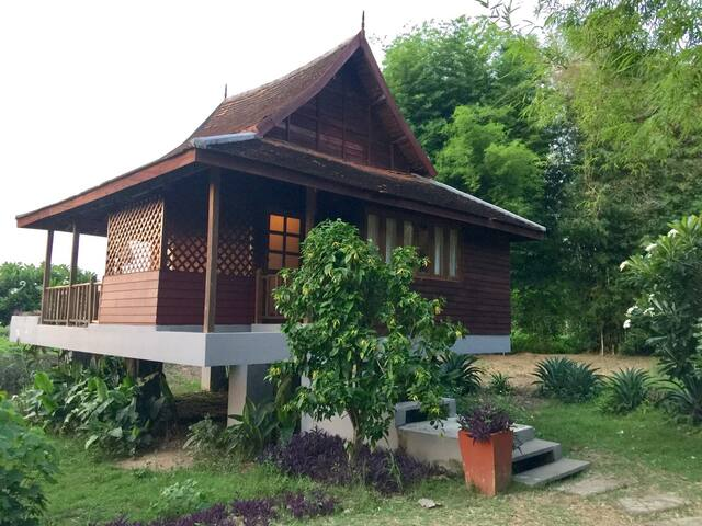 River Pai Thai Teak Villa