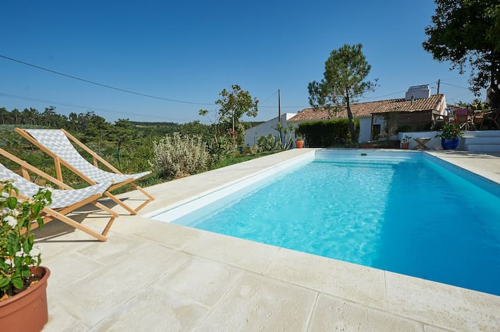 Charming country house close to beaches - Mafra - Huis