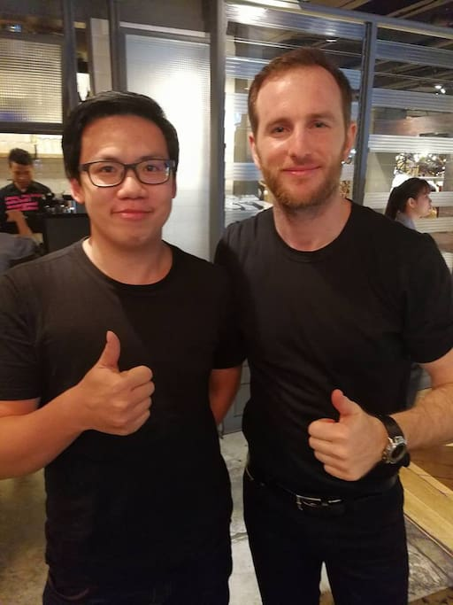 meet and share experience with Joe Gebbia  (Co-founder Airbnb)