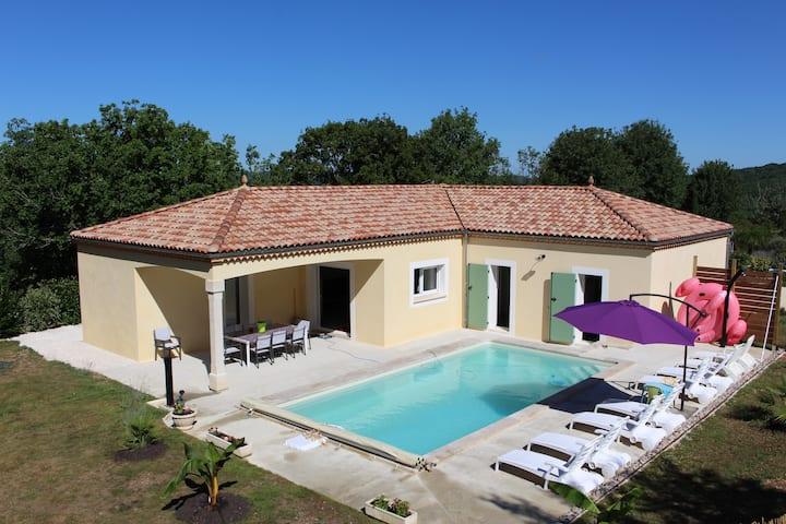 Magnifique villa neuve avec piscine privée