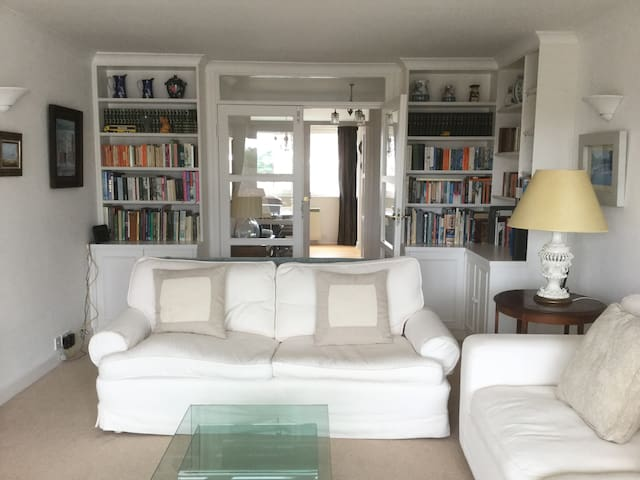 Wimbledon, bright spacious flat - Londra - Appartamento