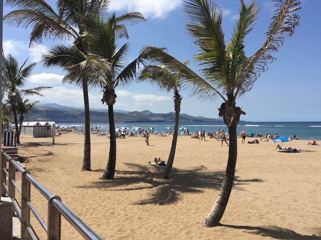 Near to Playa Las Canteras
