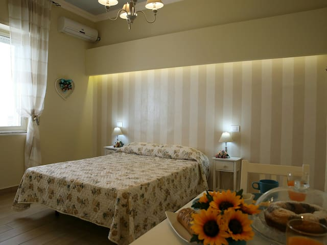 Perfect location VERY CLOSE to POMPEI RUINS(10min)
