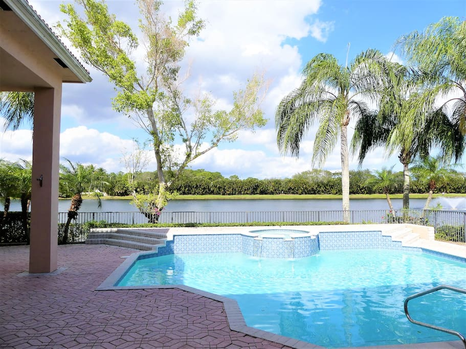 Water Views, Pool with Spa, Welcome to Florida