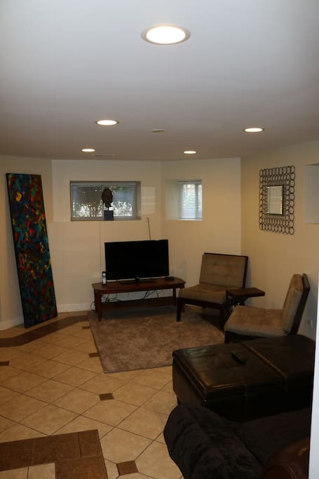 Amazing 3 Bedroom Garden Condo Near U Of C Apartments For Rent In Chicago Illinois United States
