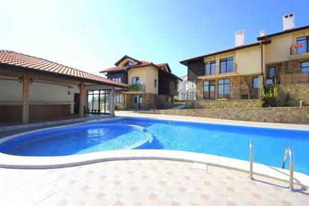 2 bedrooms, Sunny Hill 2B, Villa - Kosharitsa