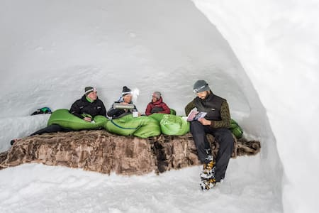 MountainIgloo Suedtirol Family and Friends