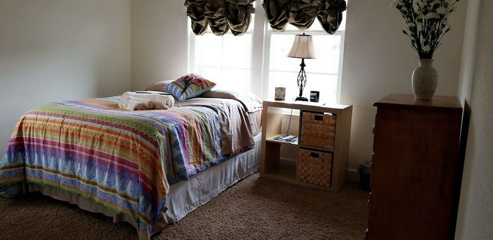 For who likes comfort and style. Queen bed.