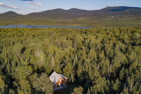 Sunny Private Nature Chalet -Rangeley/Saddleback