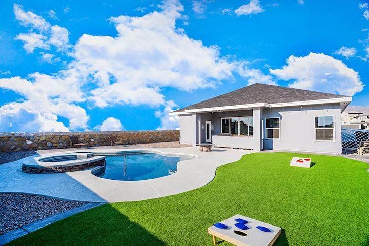 Modern Farmhouse (Heated Pool)
