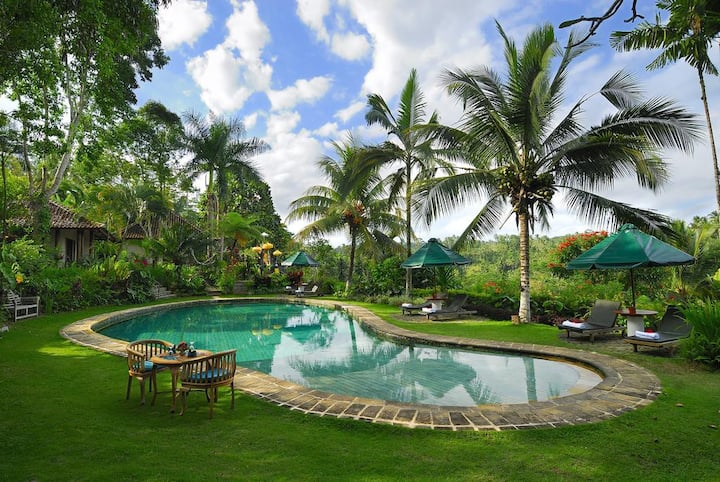 10 BR with Stunning Views Near Tegalalang Ubud