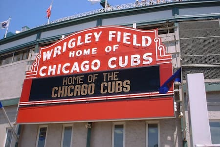 1 Bedroom across Wrigley Field - Chicago - Apartment