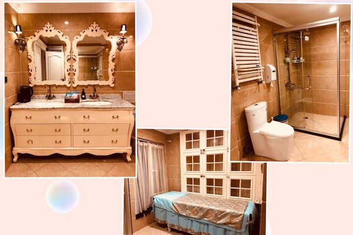 超大卫生间,双洗面池,按摩床,淋浴房,浴缸一应俱全!