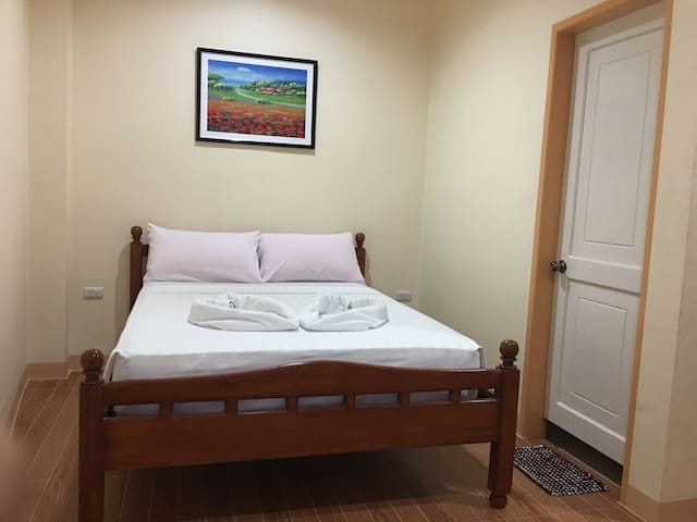 Dayview Tourist Home Standard with One Double Bed