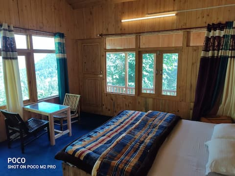 wanderers cottage.presented wooden room &.|BALCONY