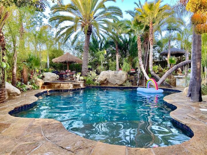 ISLAND STYLED VILLA w/ Tropical Pool & Spa 2 acres