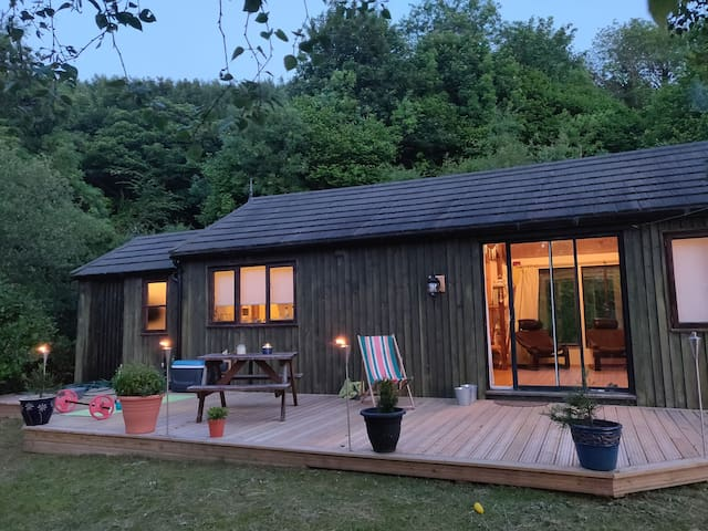 Seaview Cabin - Red Wharf Bay