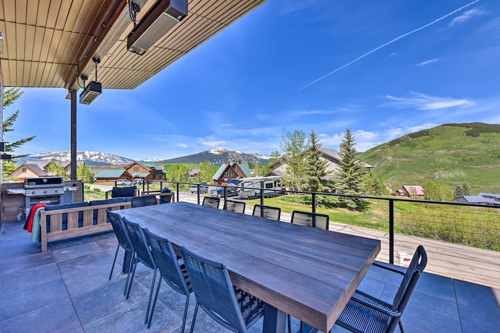 NEW! Custom Mt. Crested Butte Home; Walk to Lifts!