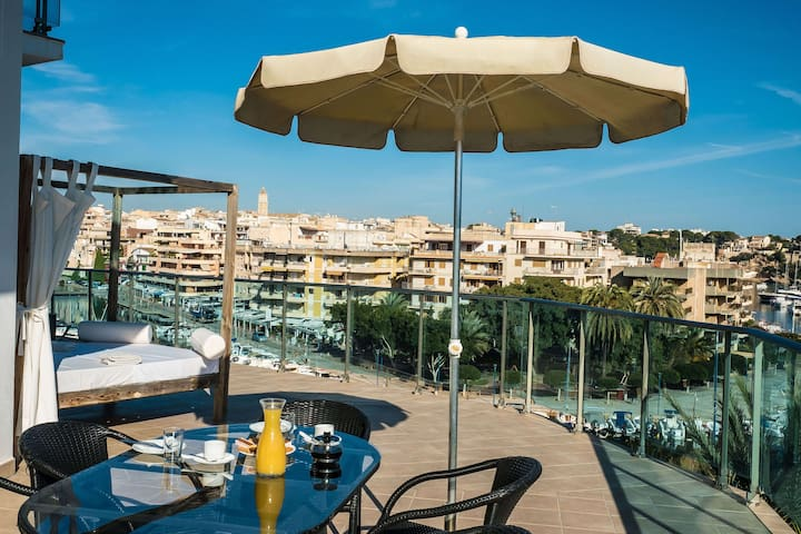 APARTMENT PREMIUM with TERRACE and SEA VIEWS