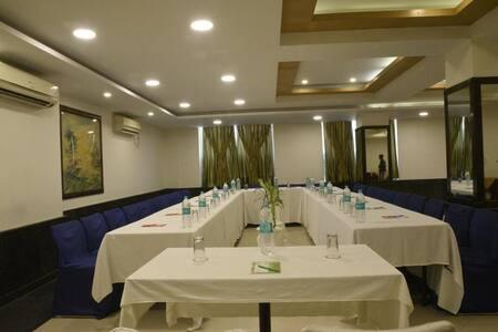Hotel Stay -Deluxe Stay Near Patna Junction