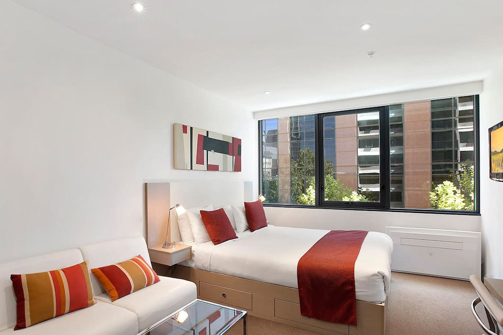 Rent Furnished House With  Rooms Melbourne