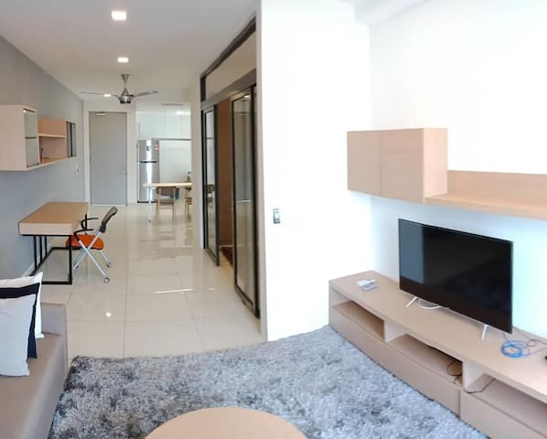 【HG Homestay T8】Mid Valley(5minDrive)Wifi Gym Pool