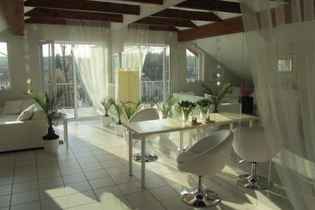 Stylische 65qm-Wohnung nahe Frankfurt! - Hanau