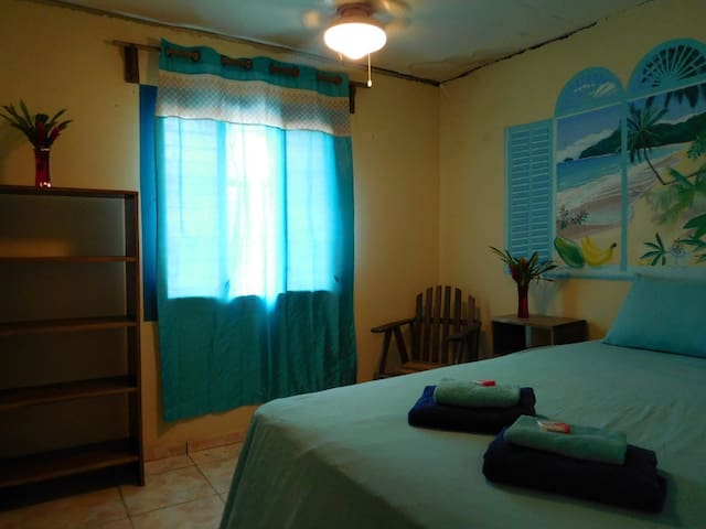 Petra's Calle 8 - Double bedroom - PA - Departamento