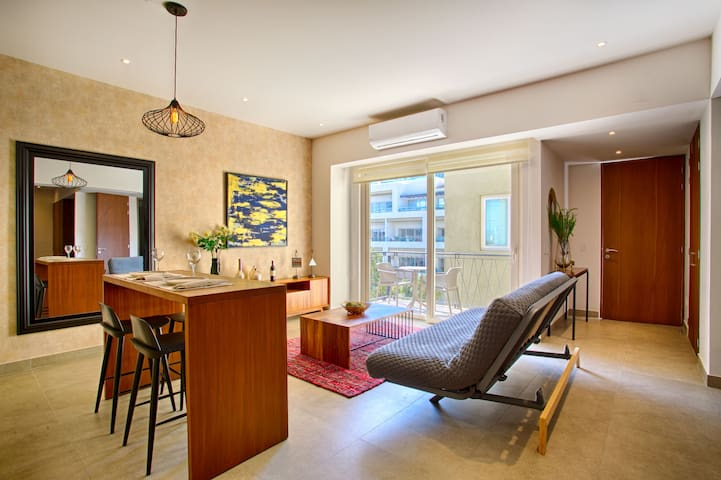 Cozy 6th Floor Studio at Pavilion   Walk to the Beach and the Best Restaurants
