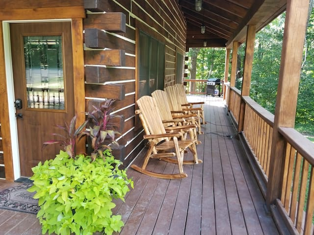 AdamsRock Cabin#1