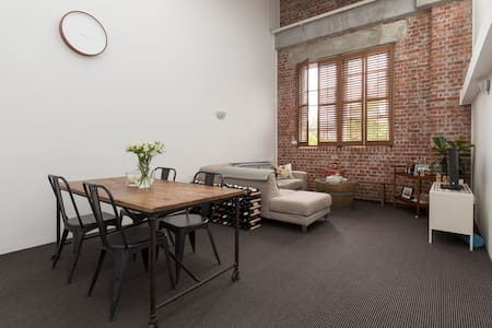 Riverside Woolstore - Apartment