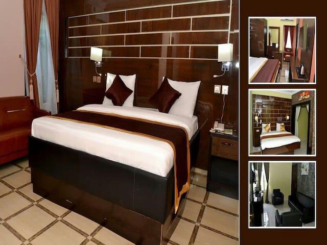 St. Regis Hotels & Resorts - Standard Deluxe
