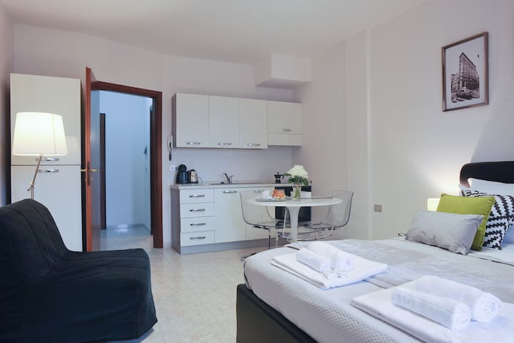 "Flat ""Studio 3"" with Kitchenette in Cagliari"