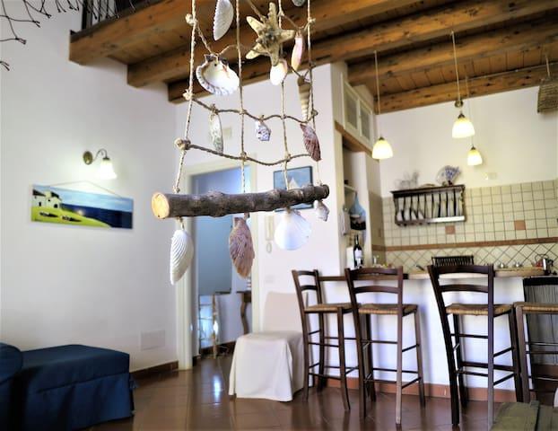 Aquamarina: a cosy youngish loft