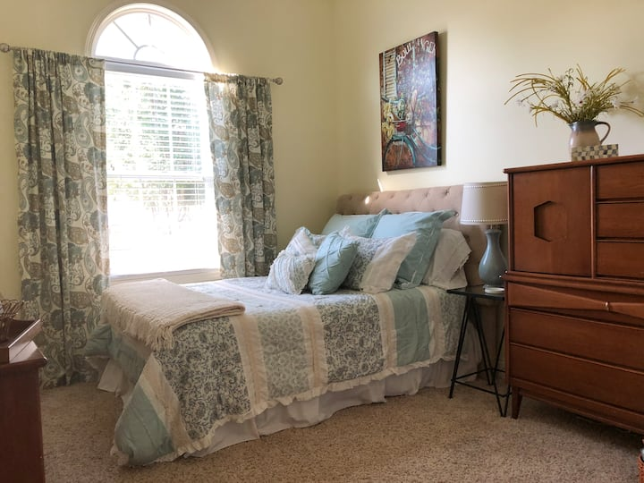 Perry Place ... the perfect choice!